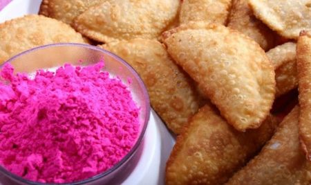 Top 10 Recipes you should try on Holi