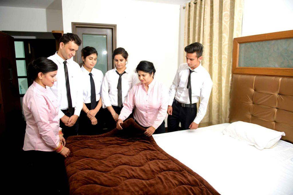 CERTIFICATE COURSE IN HOUSEKEEPING SUPERVISOR